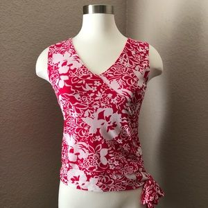 Sleeveless Red and White Floral Blouse with Bow